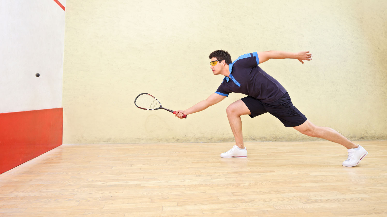 how to play squash alone