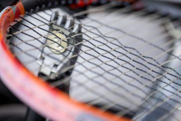 squash racket restringing